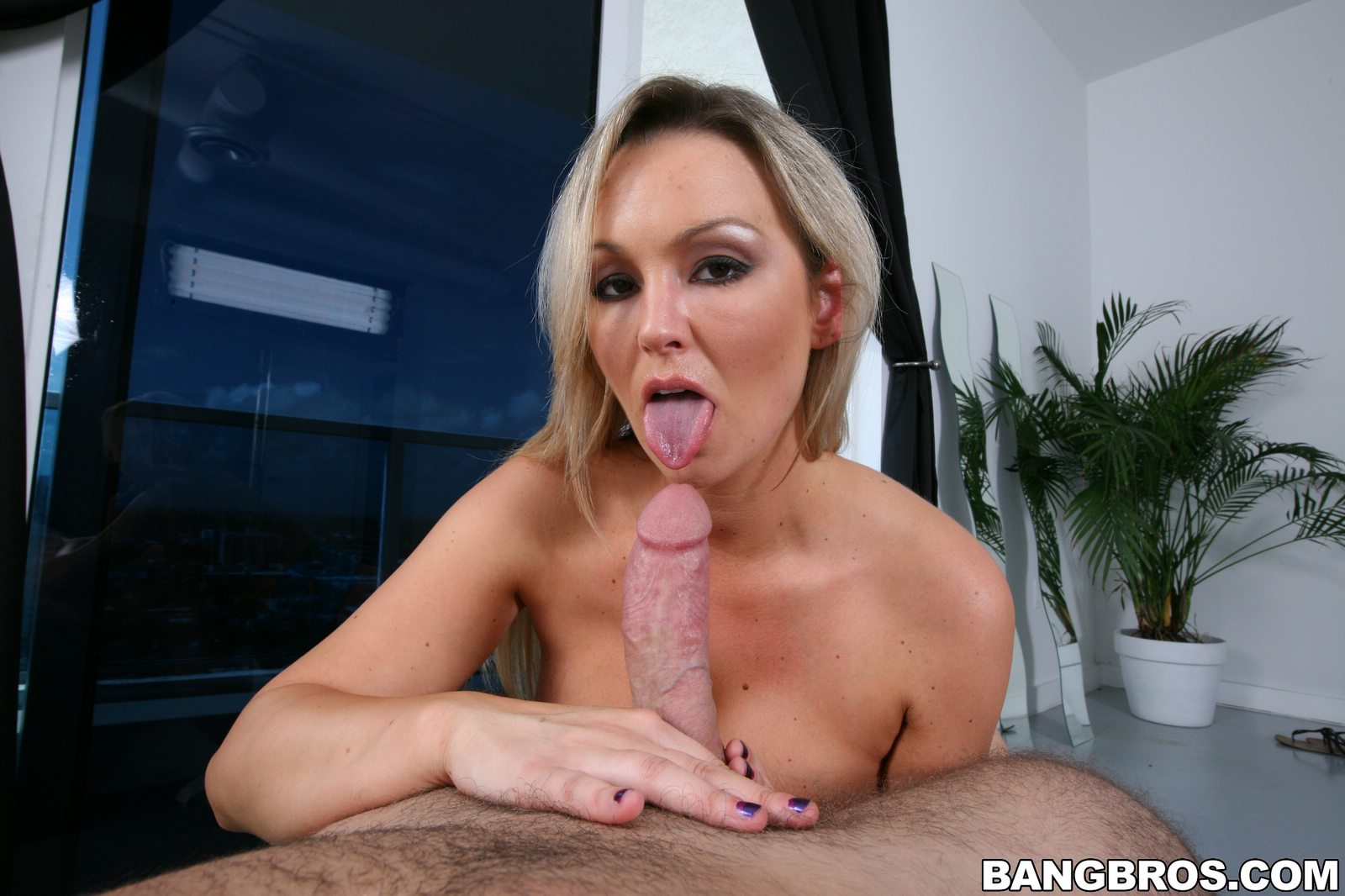 Abbey brooks gives that ninja a lesson 9