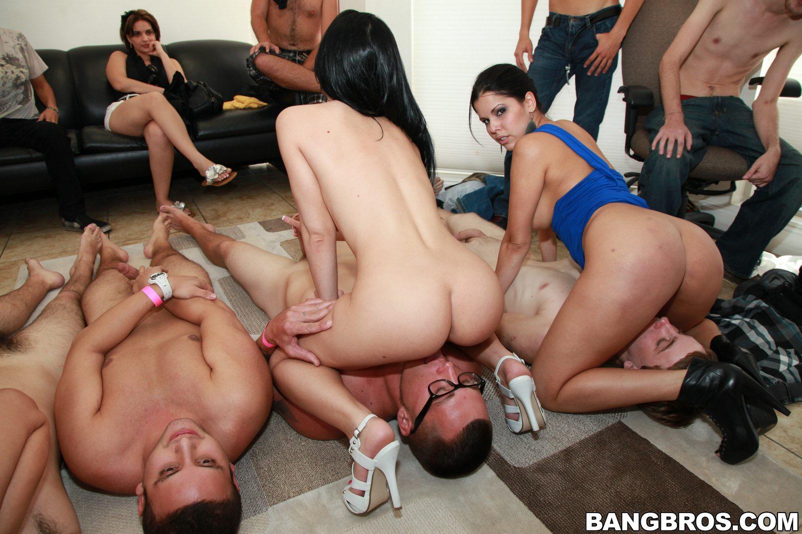Фото секса со шлюхами 11 фотография