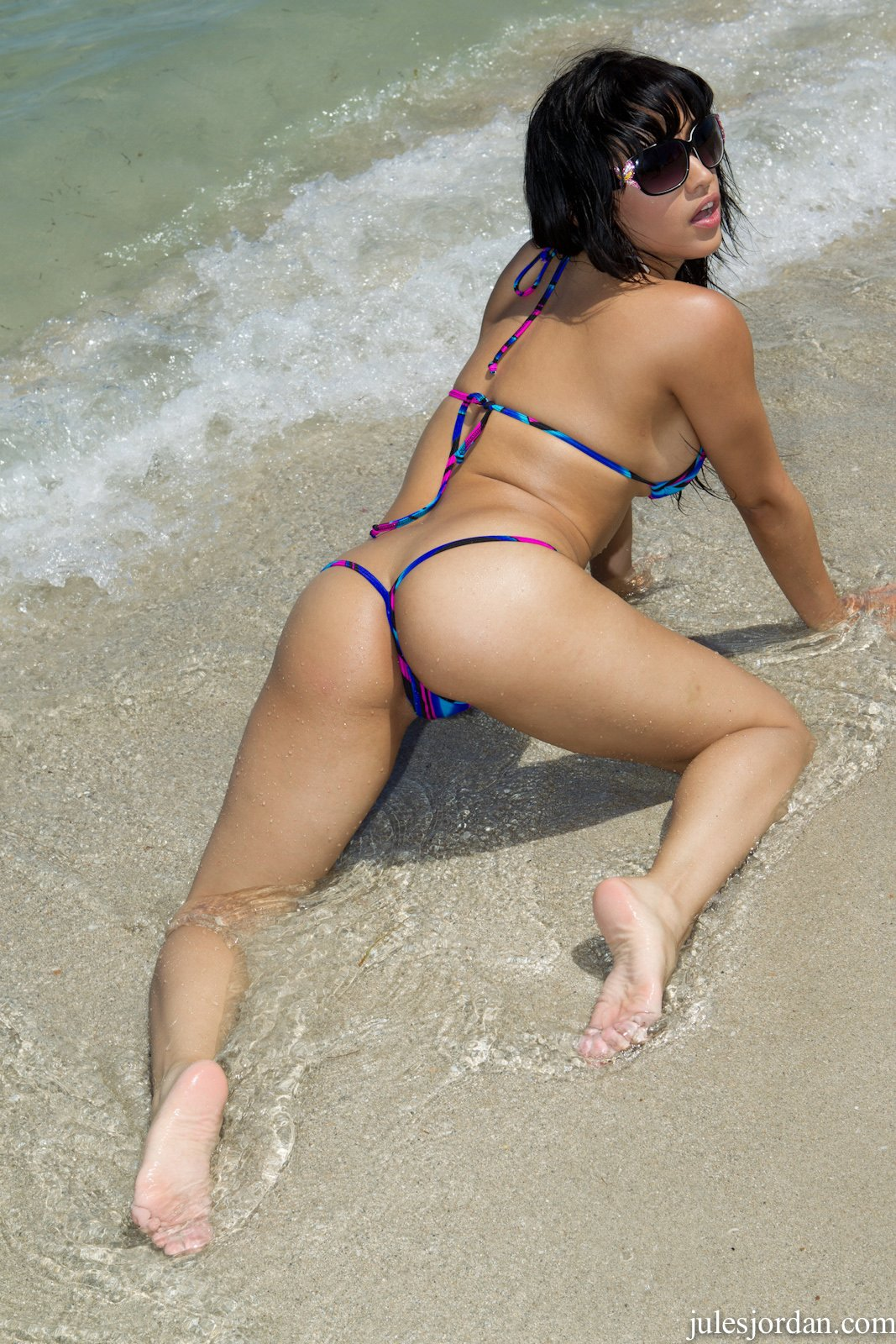 Bikini Girl Abella Anderson Poses On The Beach - My -7102