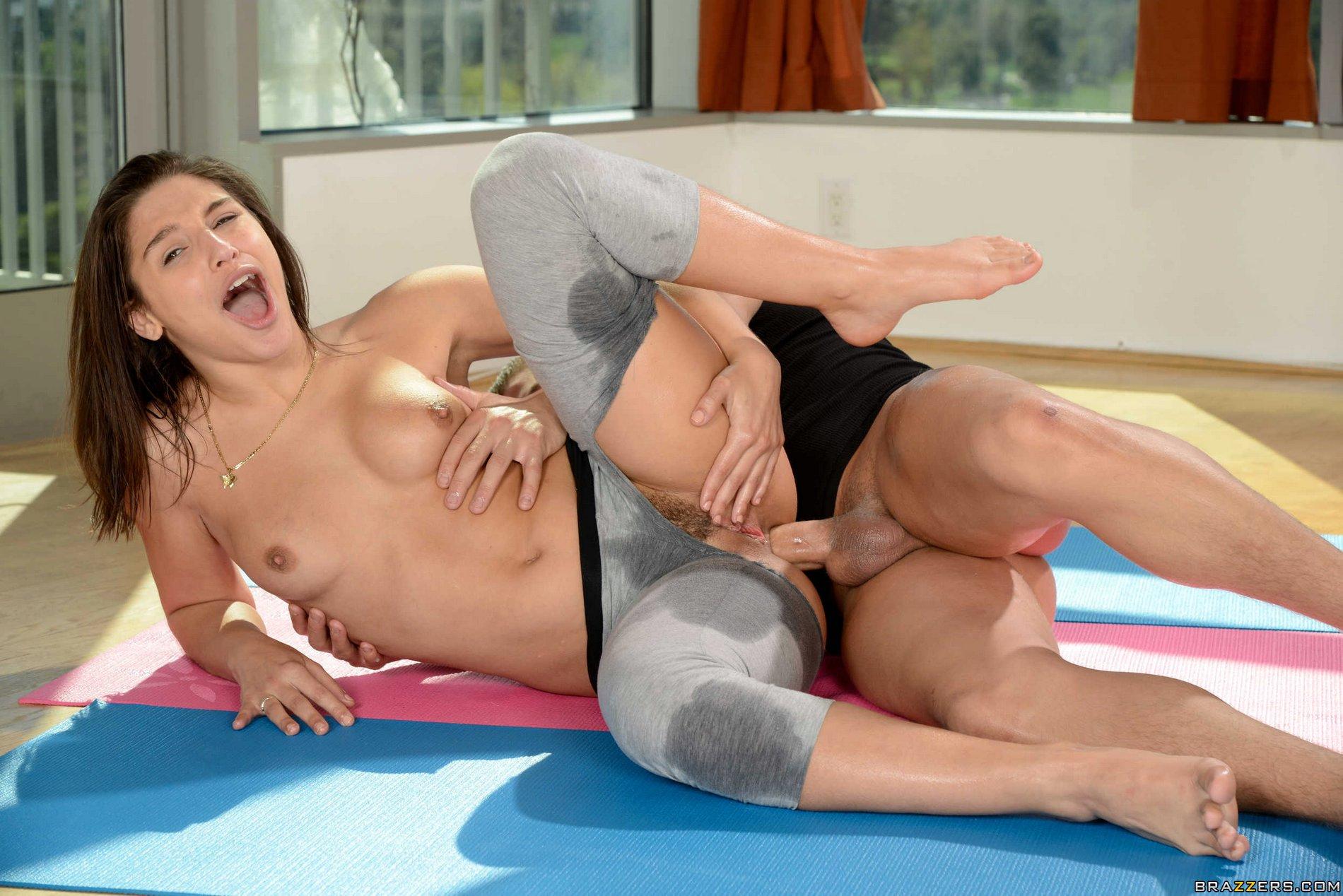 Sexy Personal Yoga Teen Abella Danger