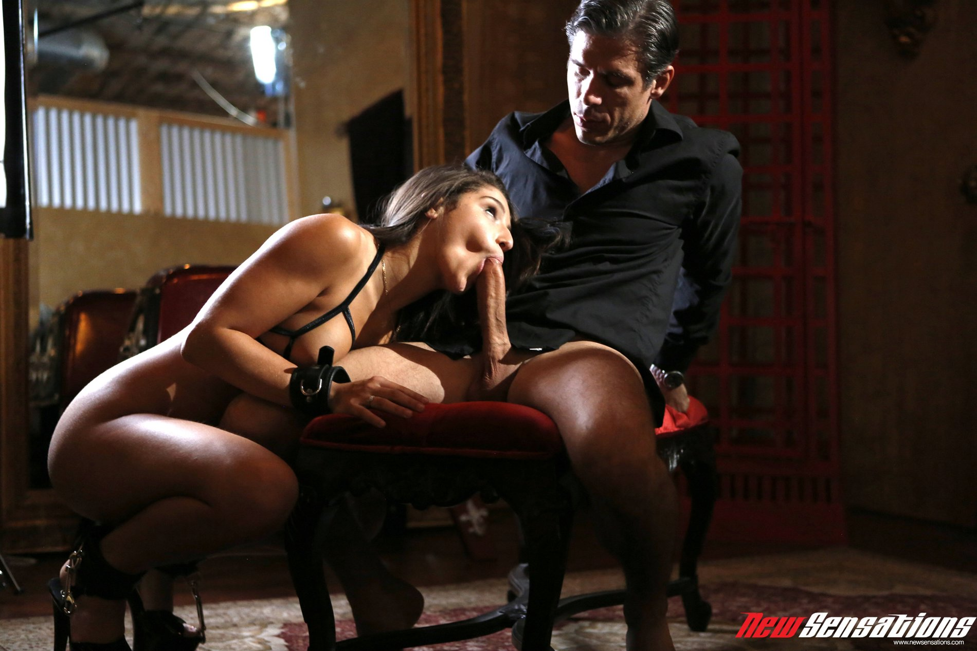 Milf is tied up and fucked - 4 4