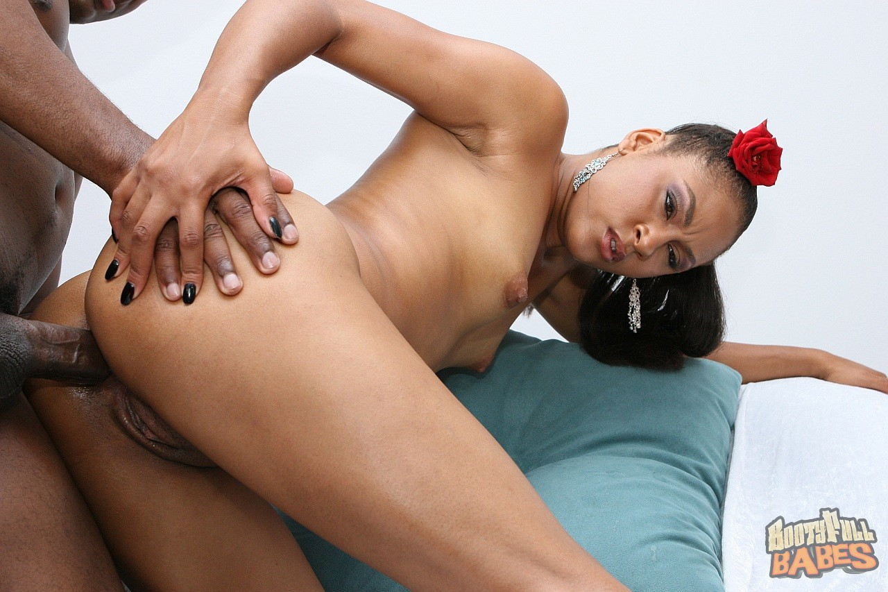 Alayah sashu is a seasoned pro cock chugger she overpowers 8