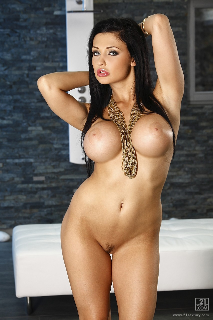 beautiful-busty-pornstar-super-sexe