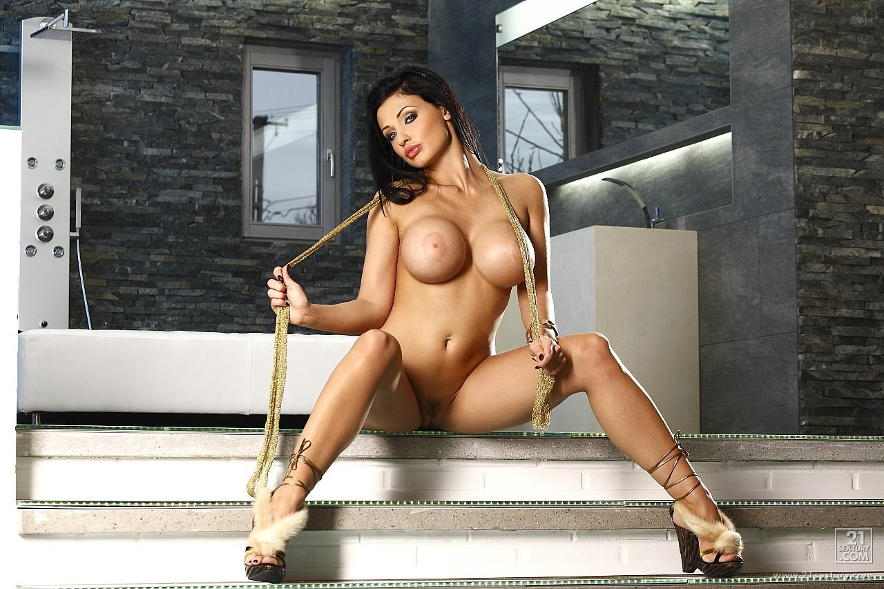 Aletta ocean big tits in sports necessary