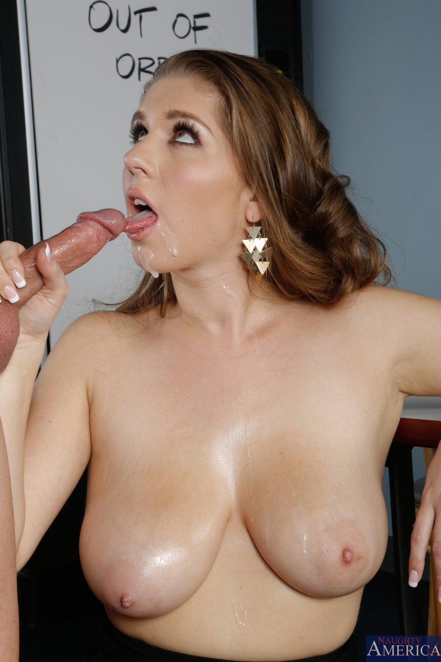 Naked big vagina