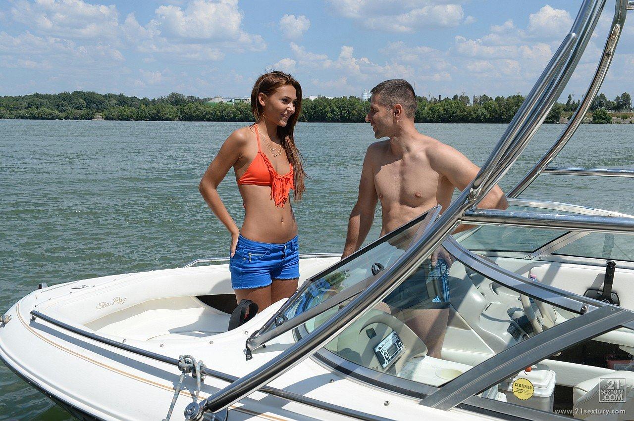 boating-sex-pics-black-naked-fatass-spicy-teacher-girls-having-sex