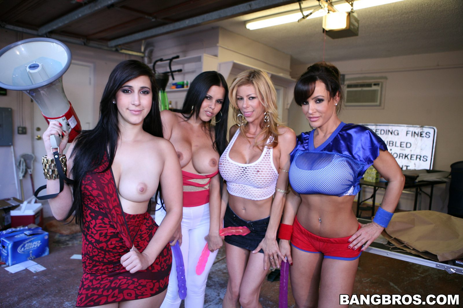 College Sex Party with Four Naughty Pornstars - My-5843
