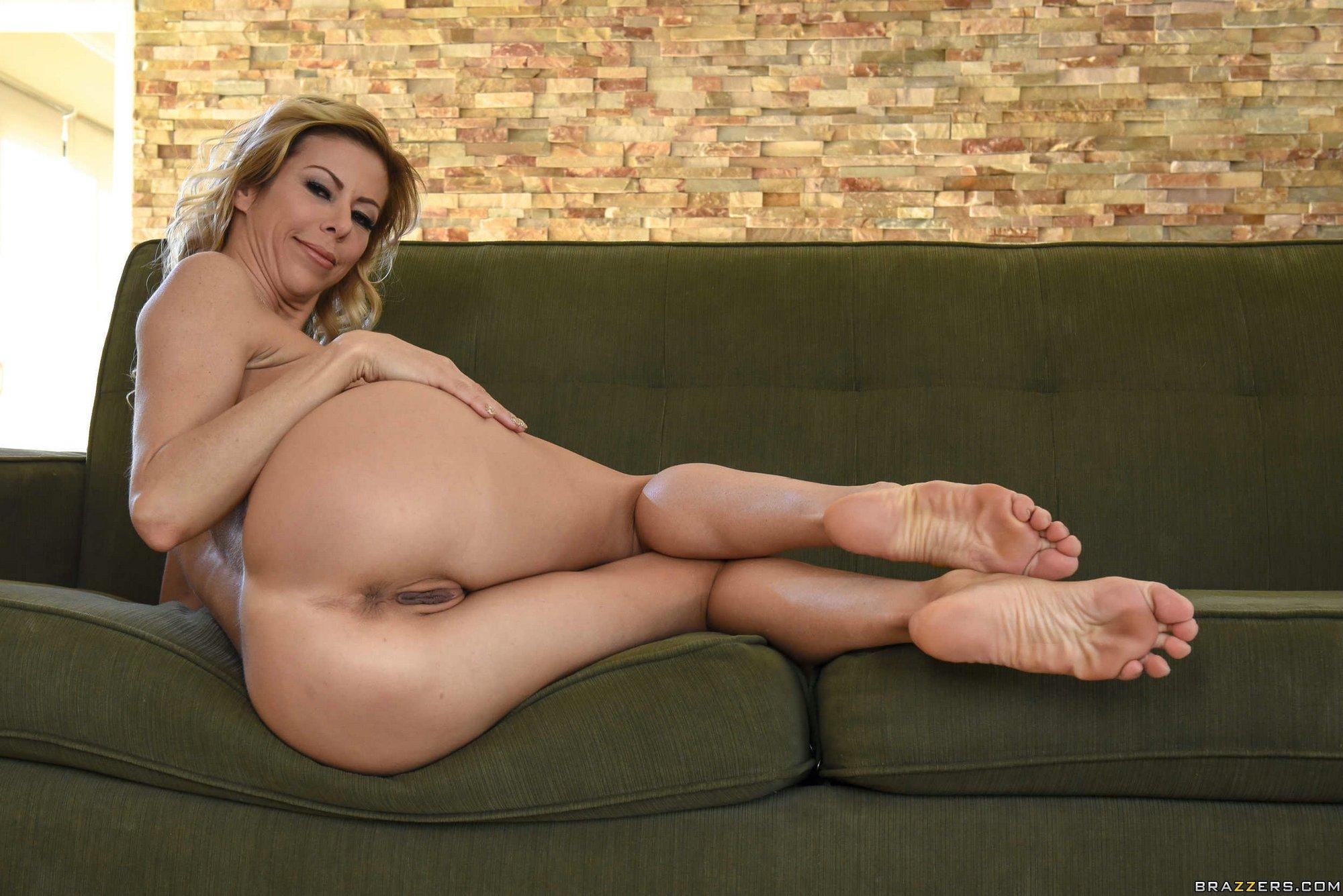 Alexis fawx feet porn