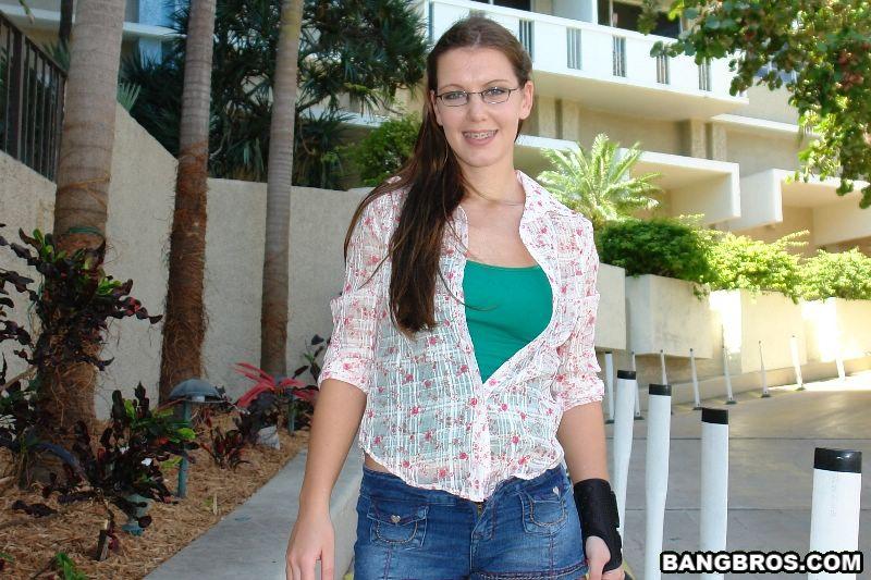 Sharkey teen girlfriend urged