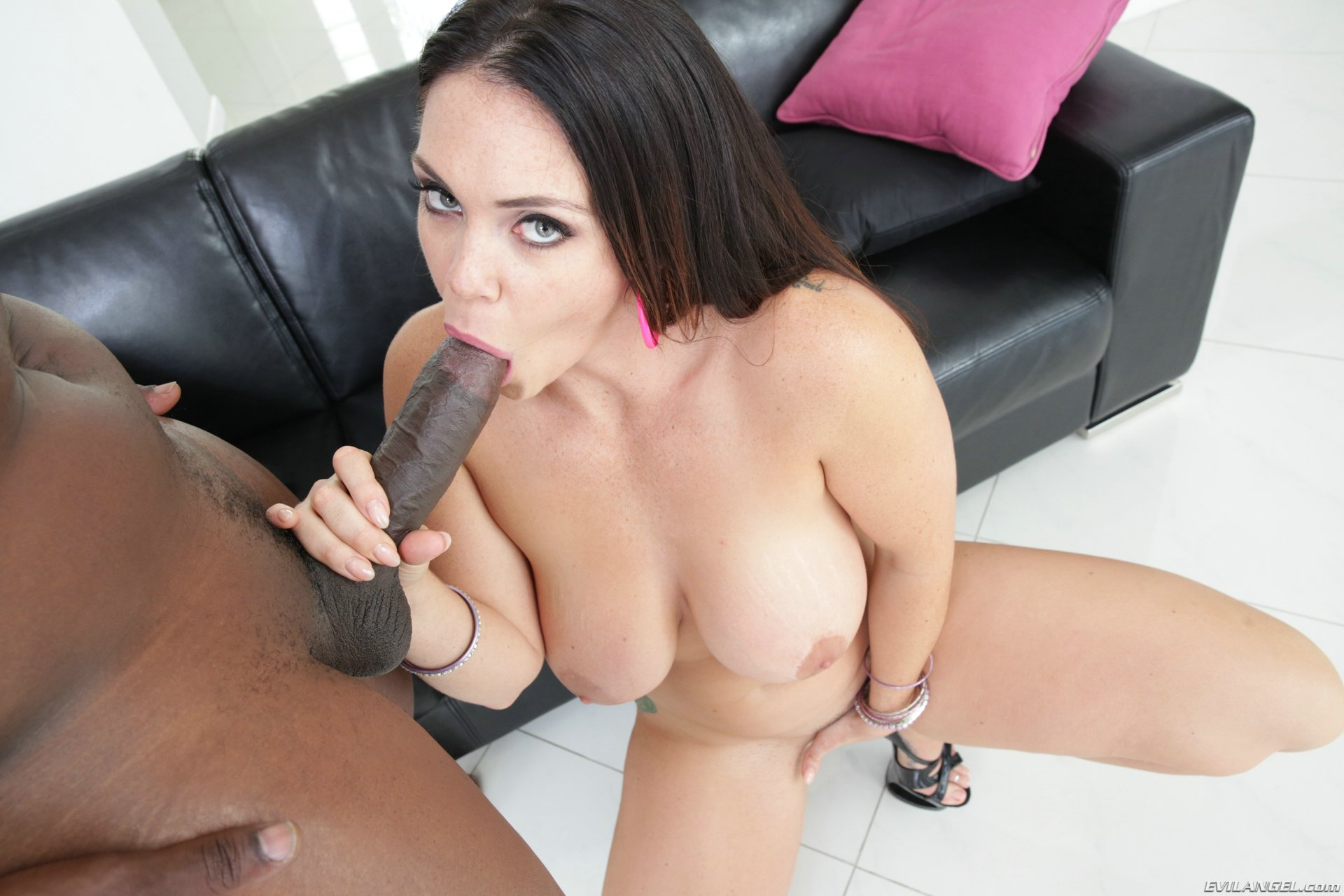 Alison tyler takes on bruce venture039s big cock - 3 part 4