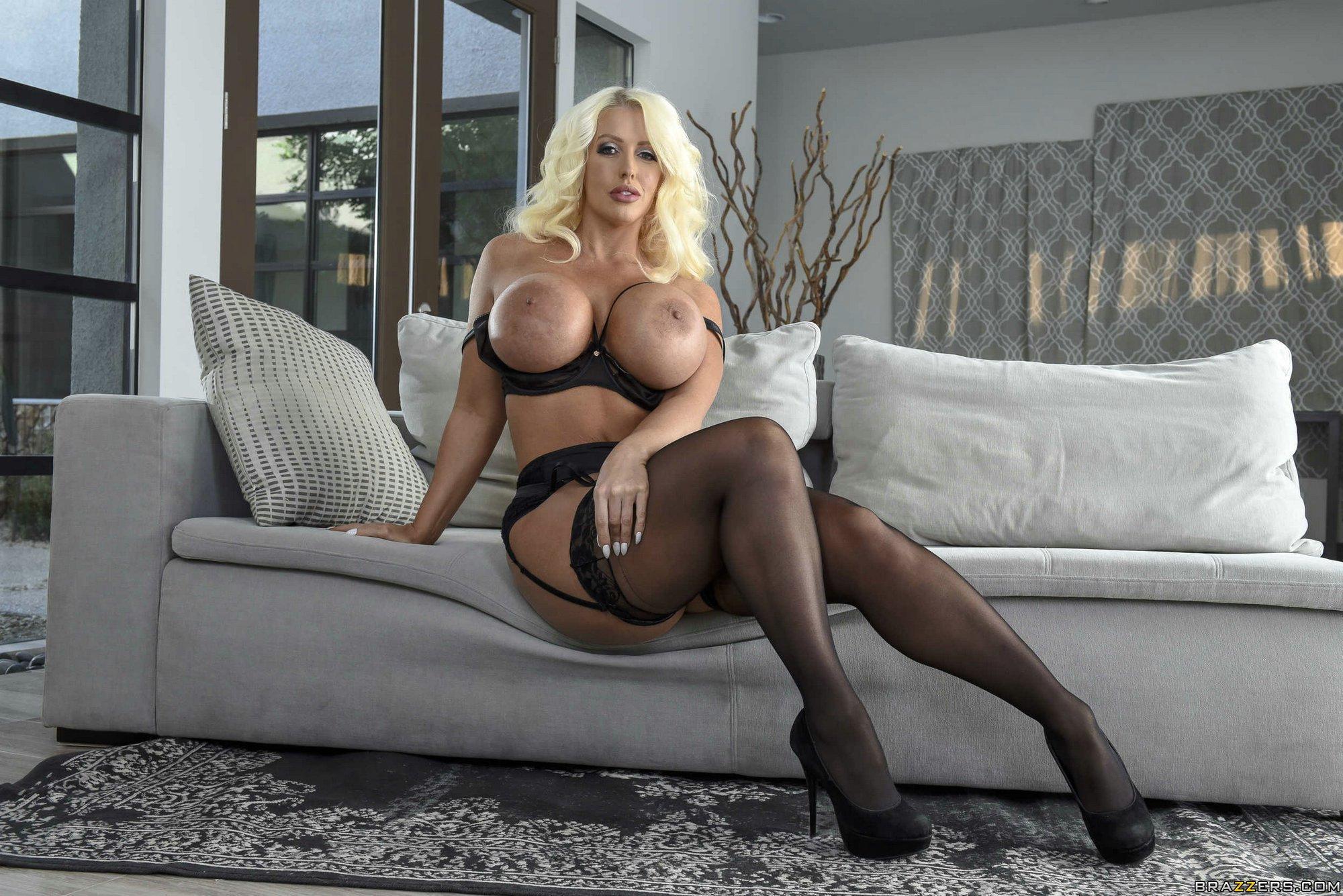 Angelique Pettyjohn Porn Movies angelique pettyjohn star | www.freee-porno