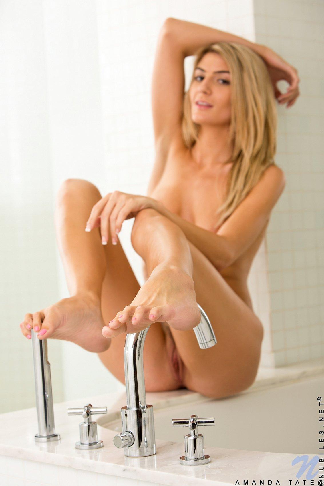 Amanda Tate posing for your pleasure in the bathroom - My ...