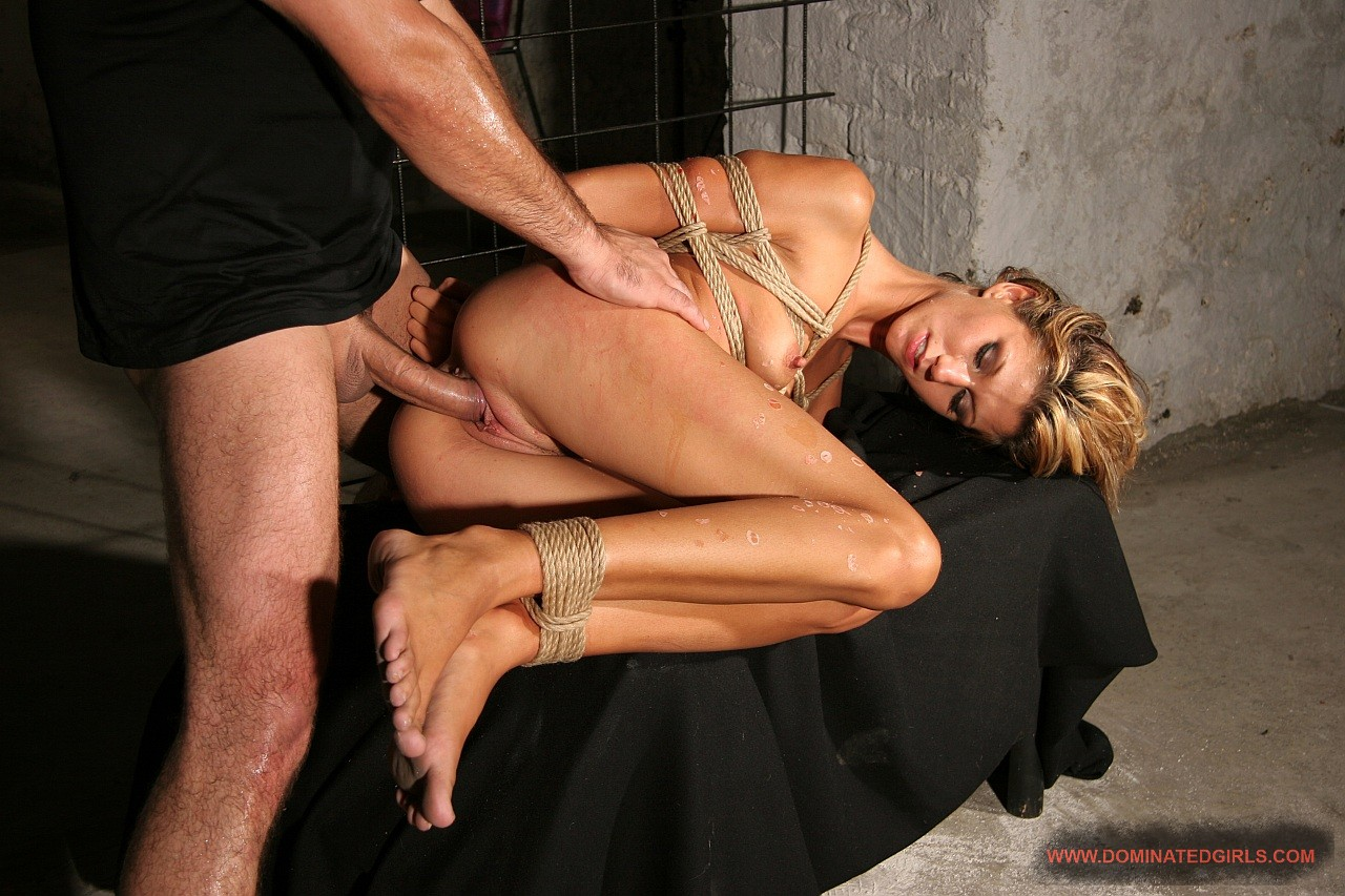Amanda vamp fucked in car and outdoor - 2 part 7