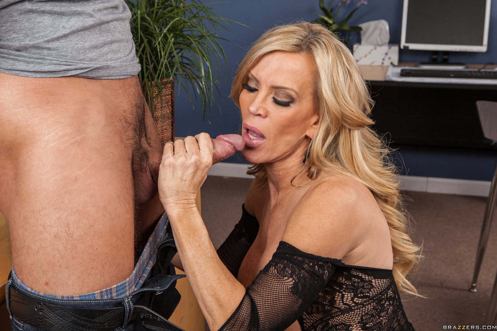 naughty teacher amber lynn in sexy fishnet seducing her student - my