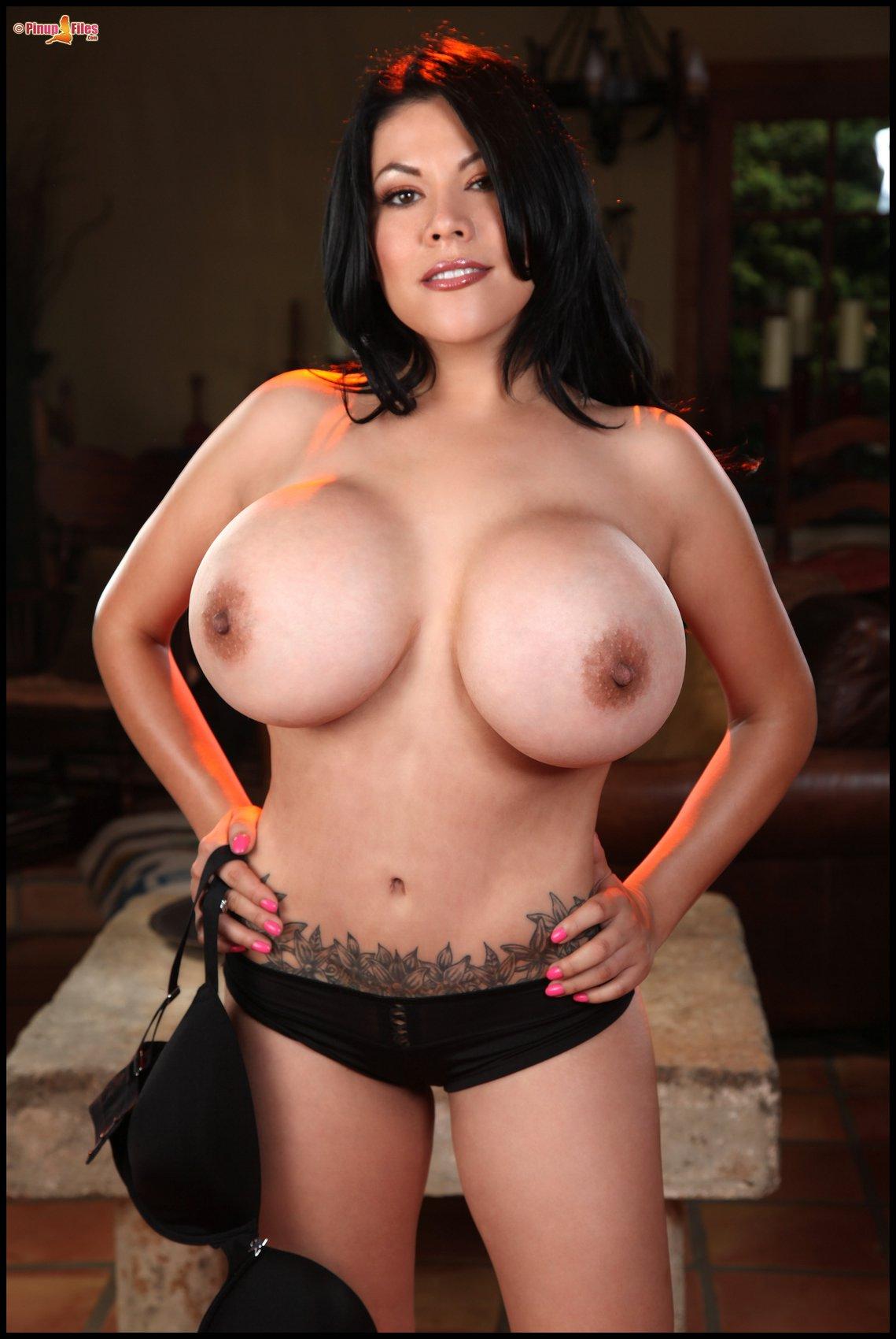 Fake Tits Porno
