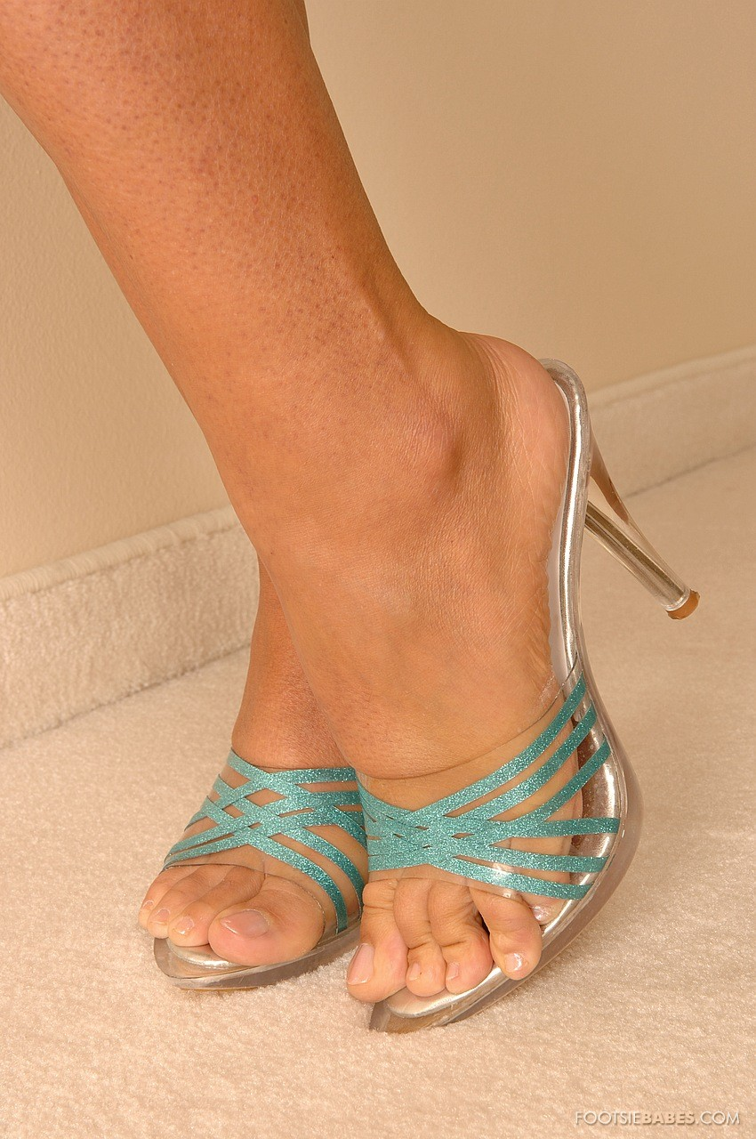 fetish foot Anette dawn