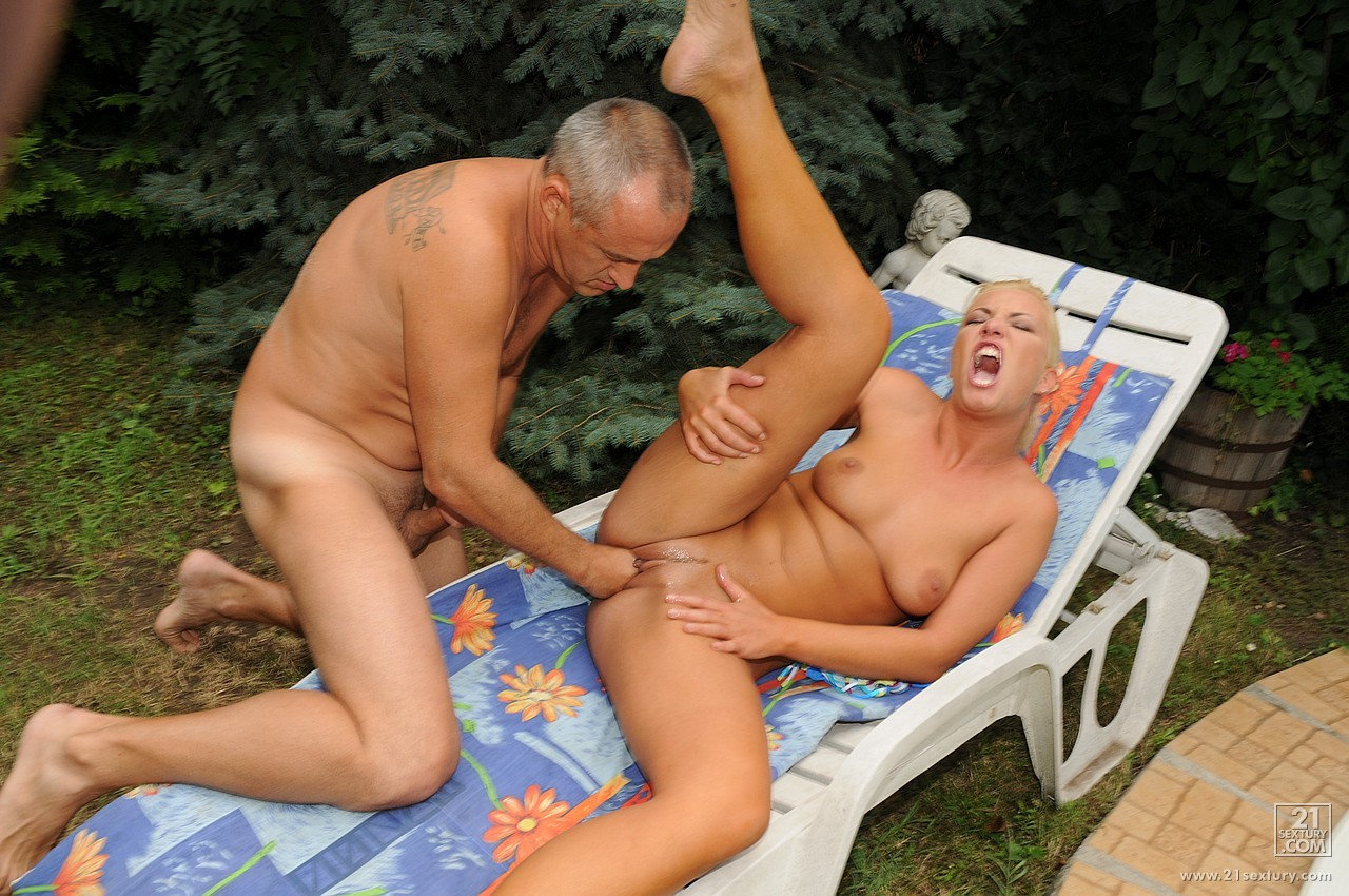 Angelica fucked outdoor by stefano 3