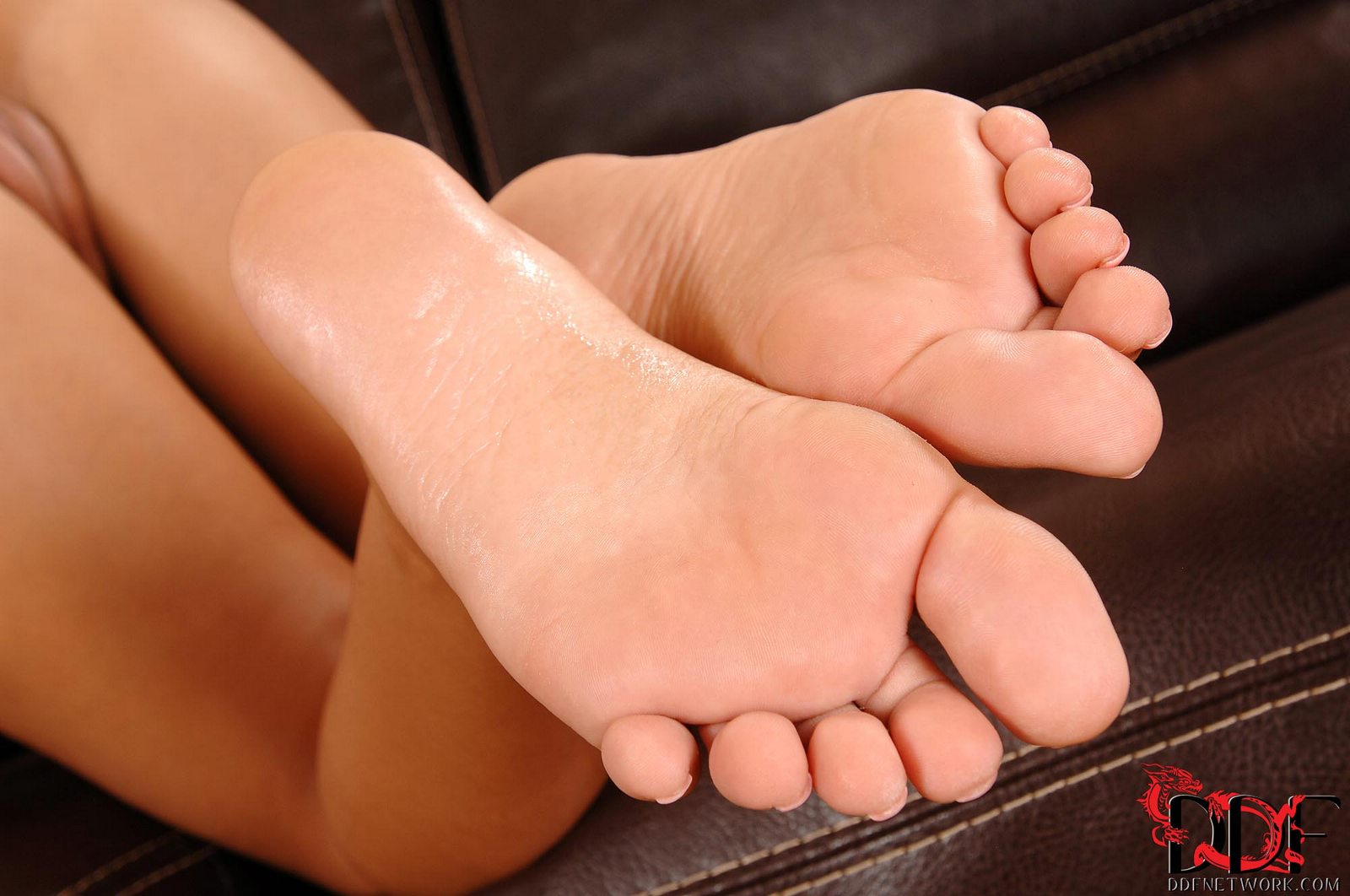 Angelica heart feet