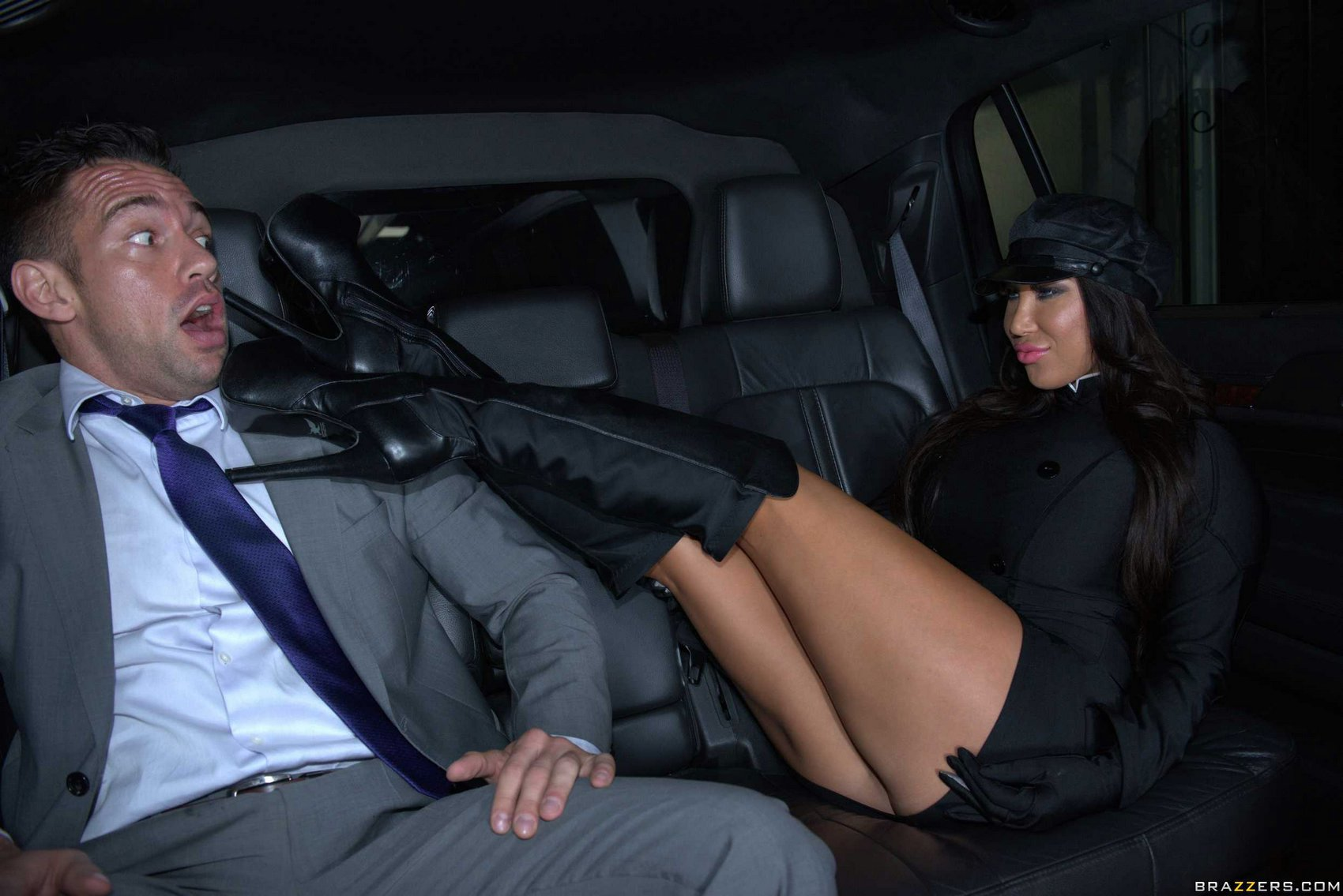 Hot whore Angelica Taylor in high boots fucking a big cock in a car.