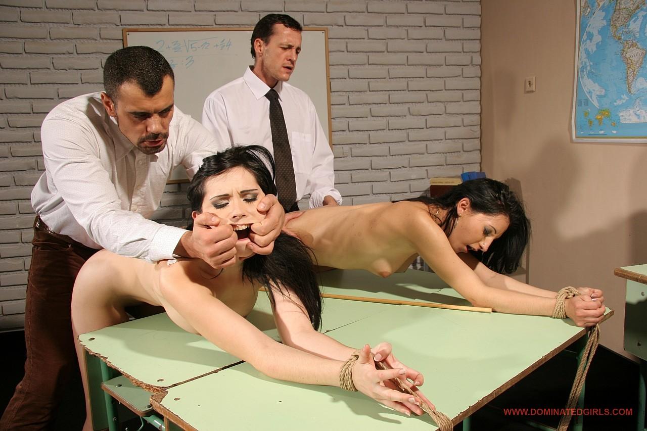 Учителя и ученики порно онлайн 24 фотография