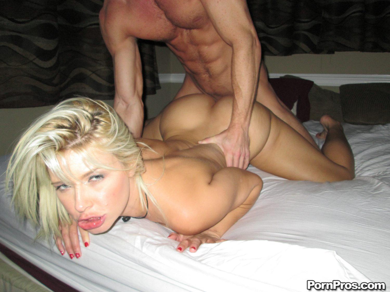 Блондинка из воронеж попала в порно — photo 10