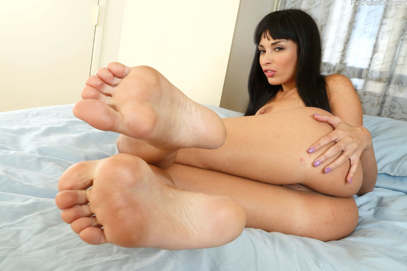 Anissa kate footjob