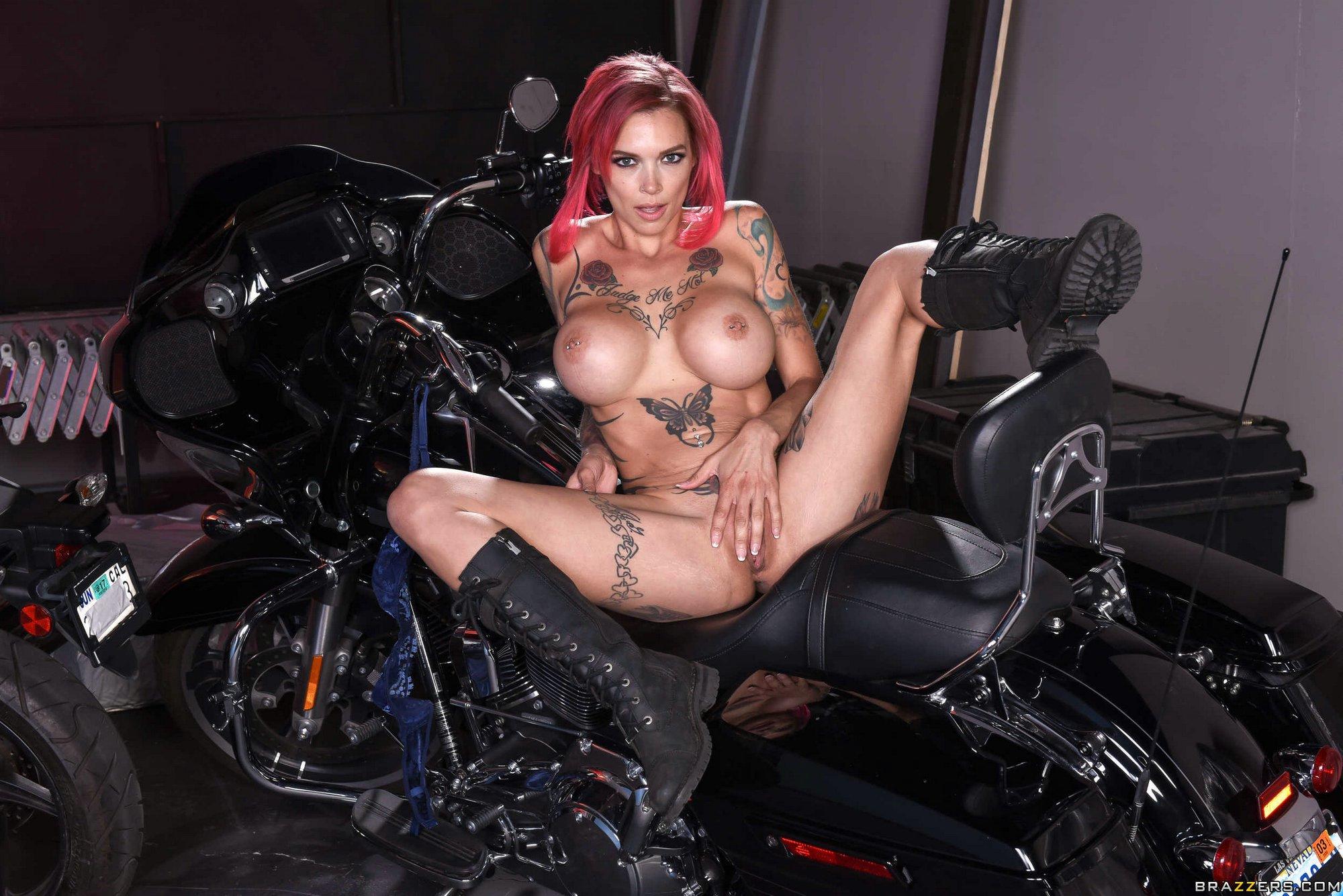 Porno Lesbienne Motard