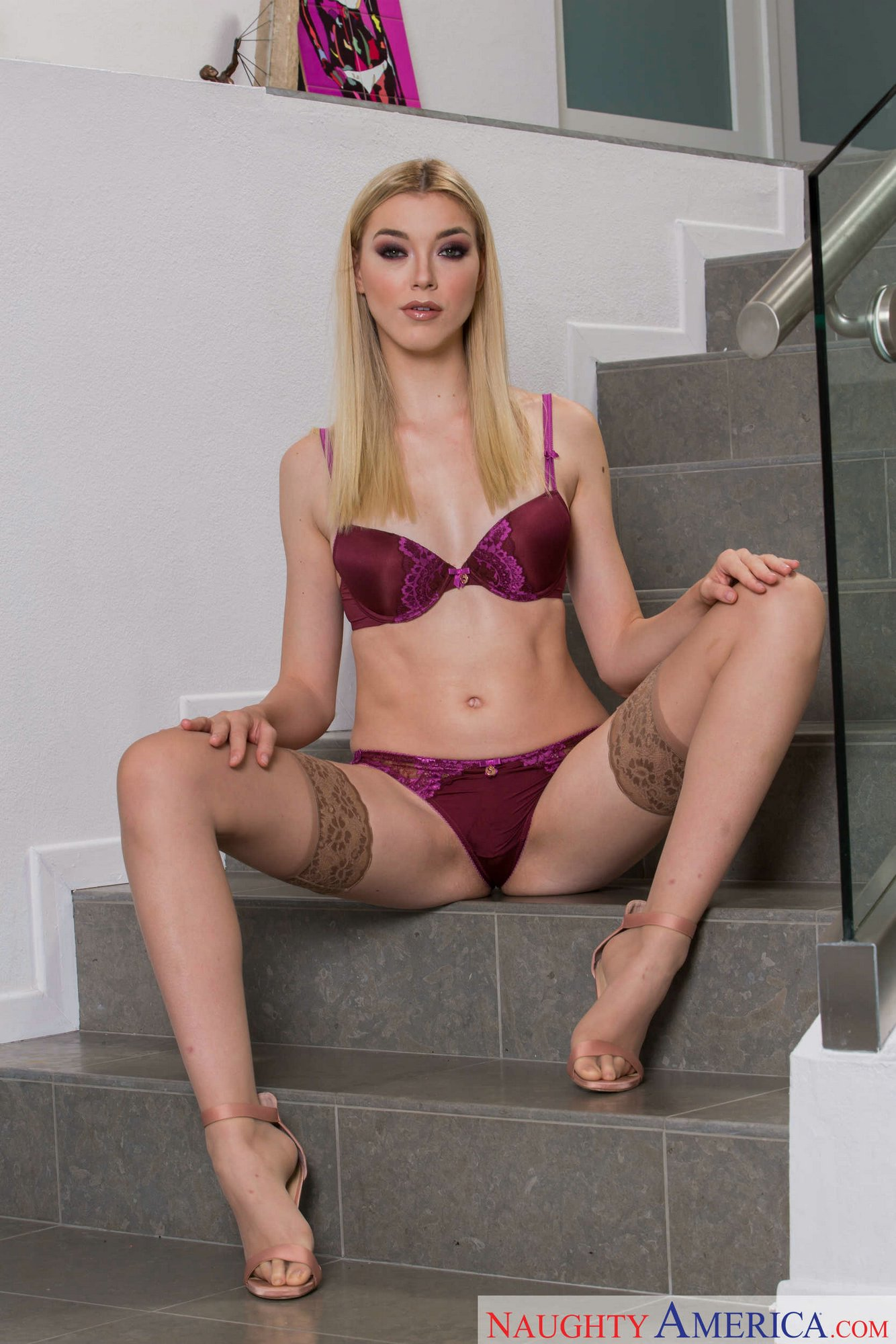 Anny aurora stockings