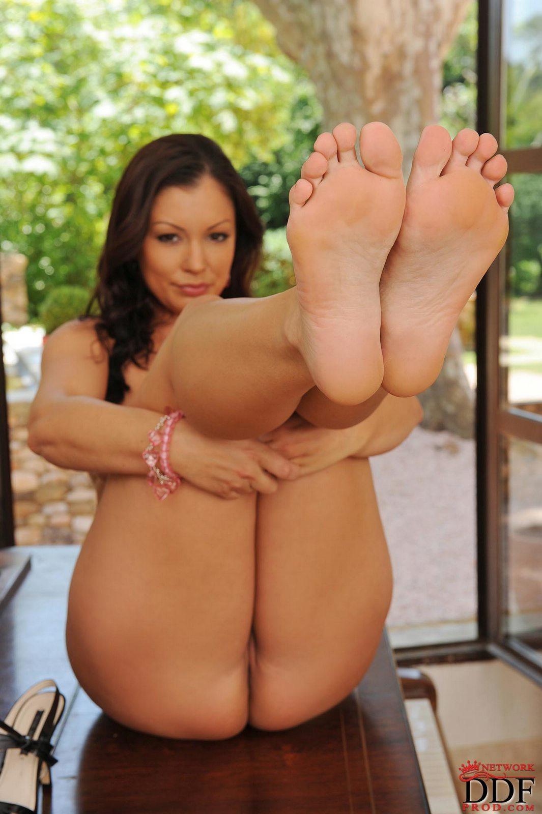 aria giovanni pornstar - hot naked pics