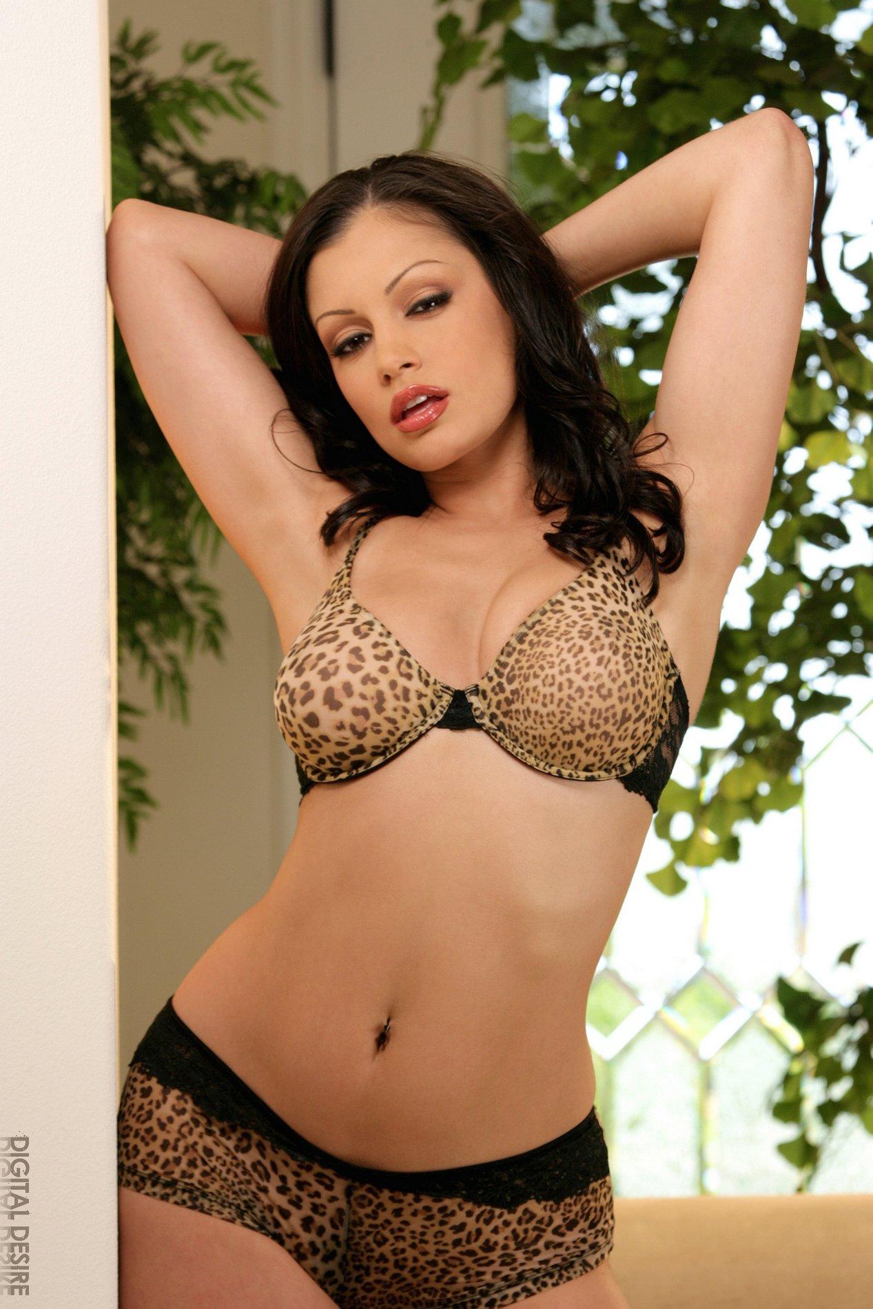 Cleavage Panties Aria Giovanni  nude (98 fotos), Facebook, lingerie