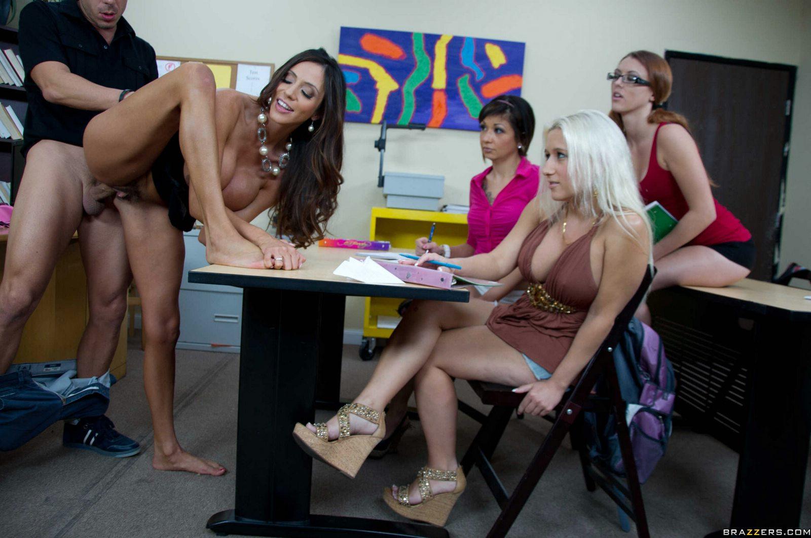 Teacher Fucks Student Lesbians