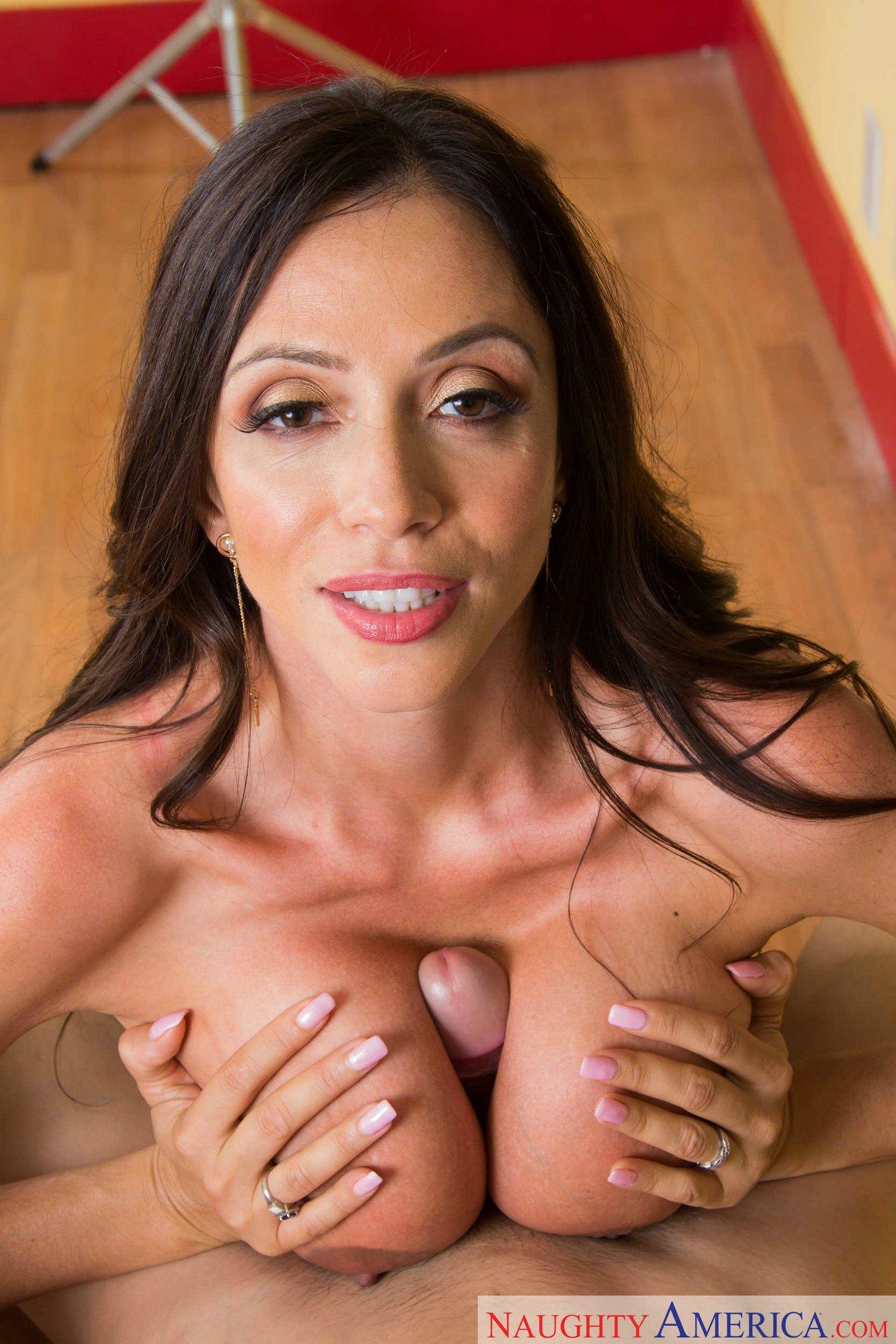 Naked women thick light skin