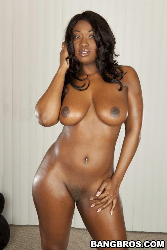 young model star desnudas