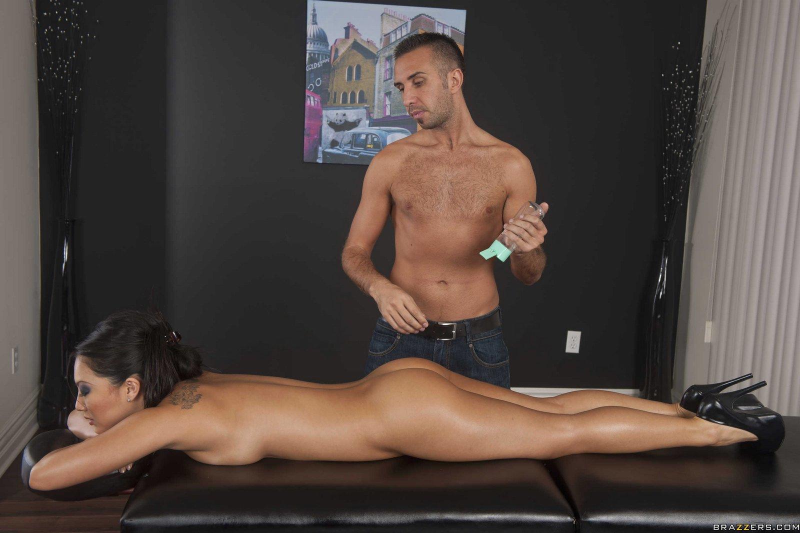 ASA Akira masáž porno videá čierna ulica Hooker porno