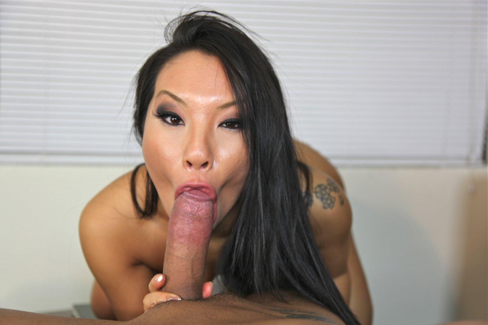Drunk girlfriend fuck public