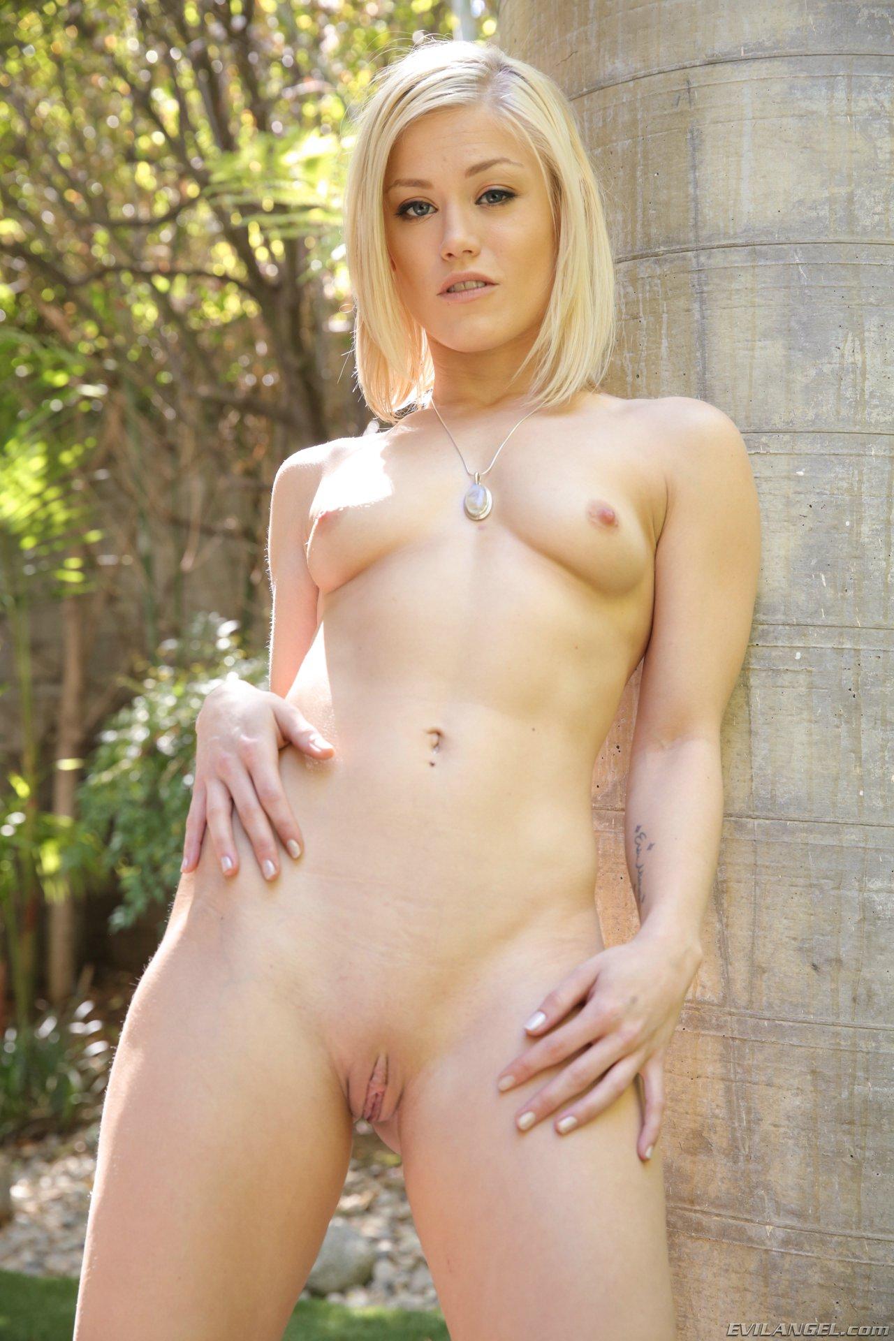 Panties webcam blonde amateur