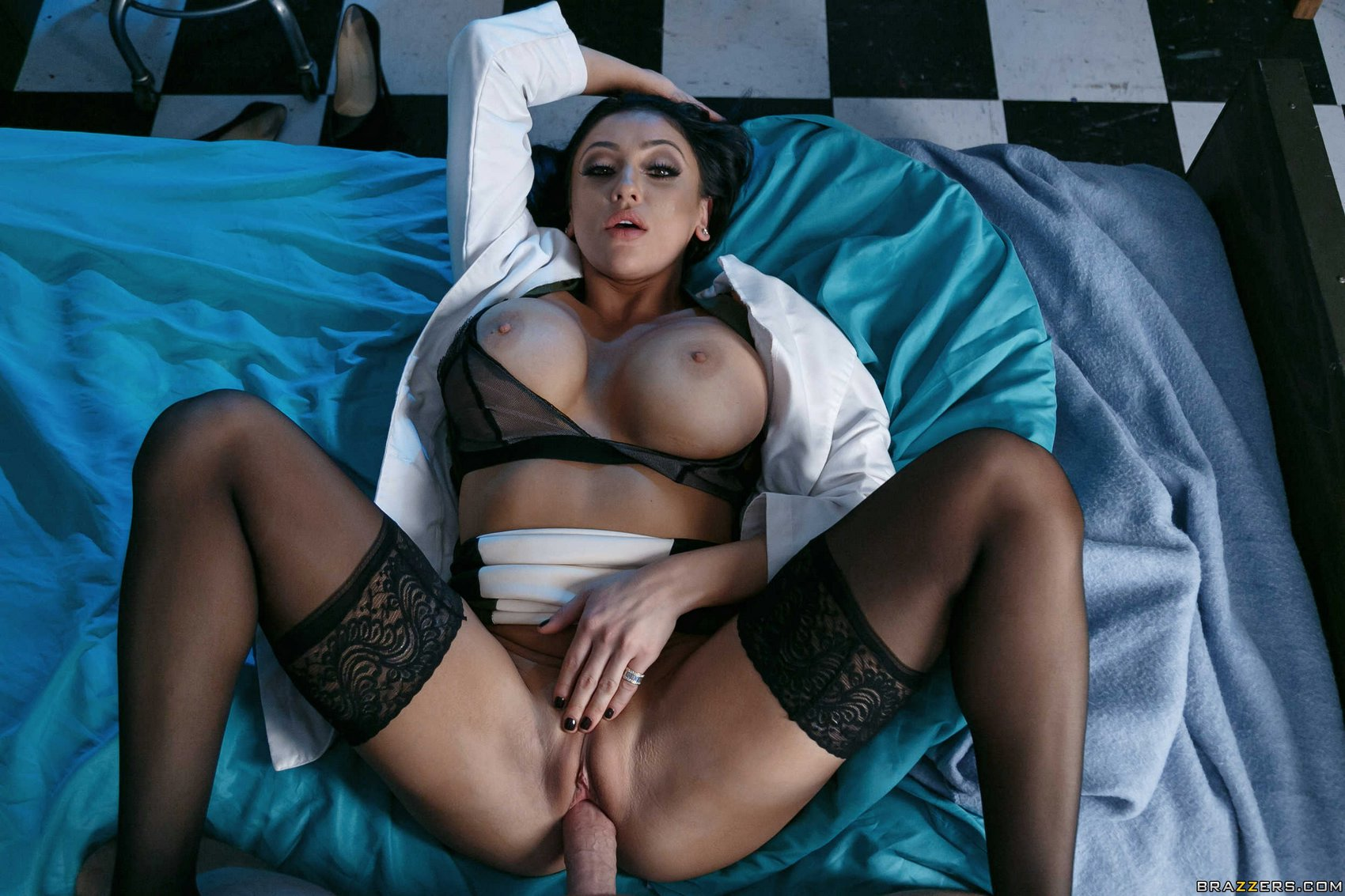 Search results for audrey bitoni