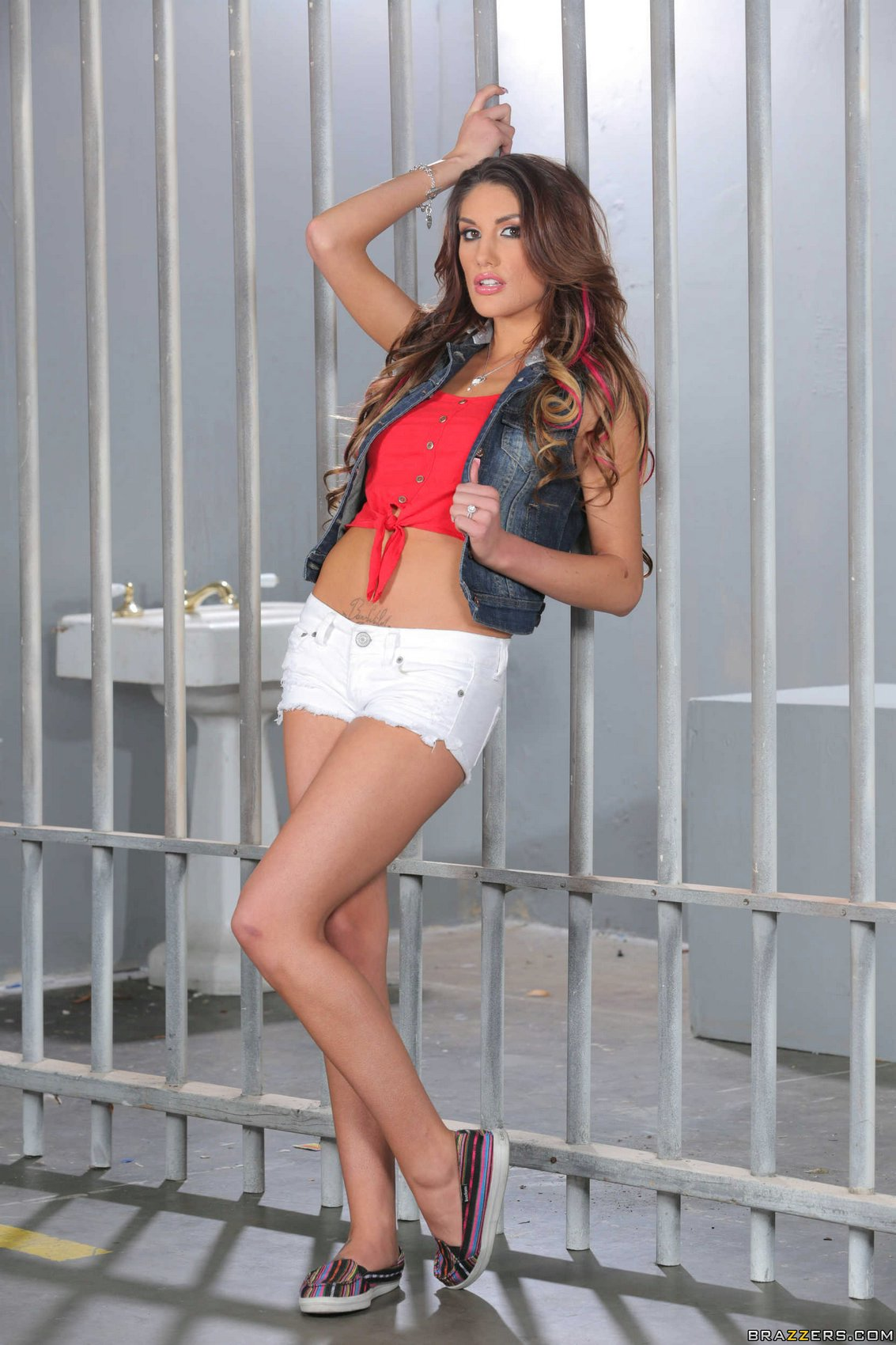August ames vipergirls