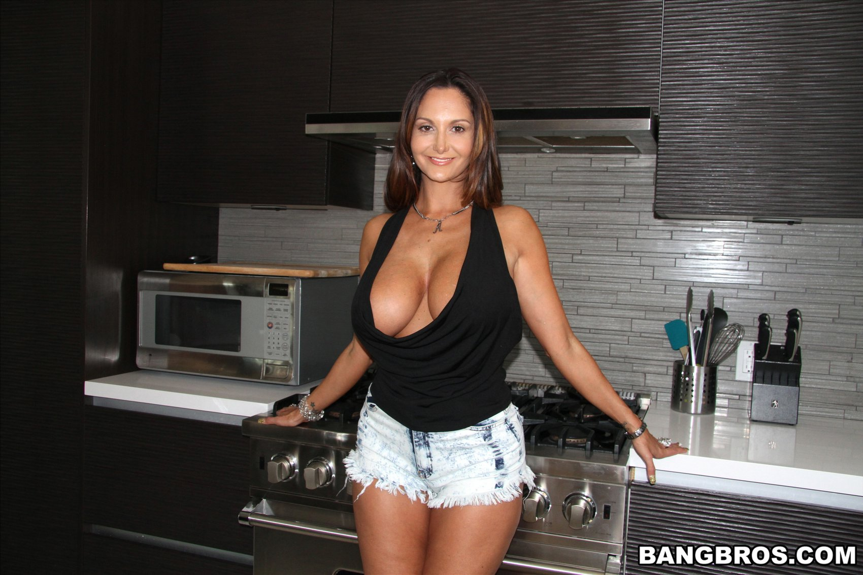 Ava Addams in sexy shoes shows her amazing body - My ...