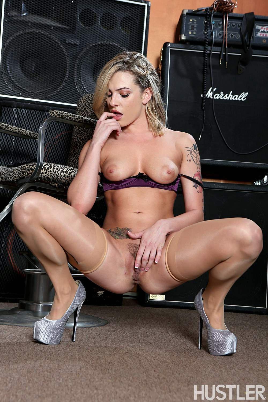 Bailey blue pornstar