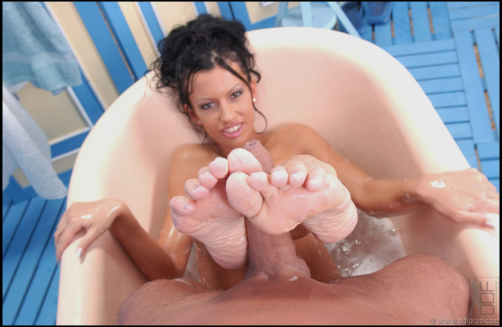 Latina black boyfriend foot job