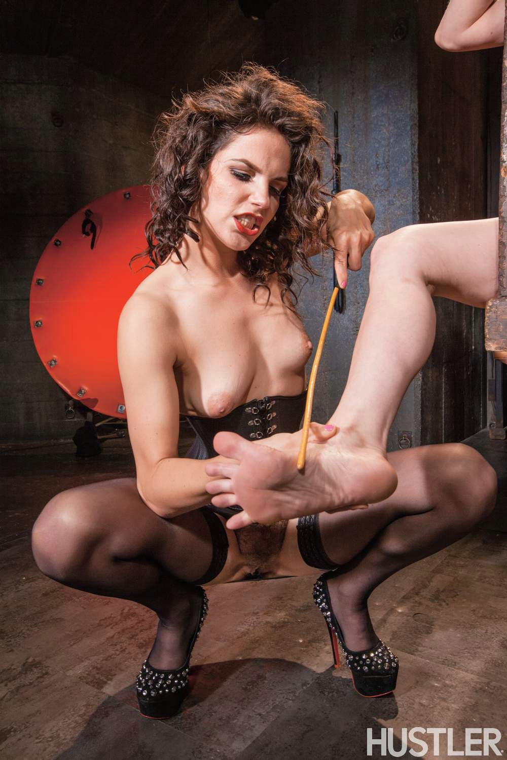 Hot redhead maggie starr fuct in every way by mark wood 420