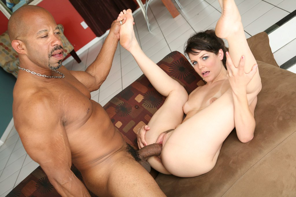 Bobbi Billard Is Playing With Her Sexy Vagina