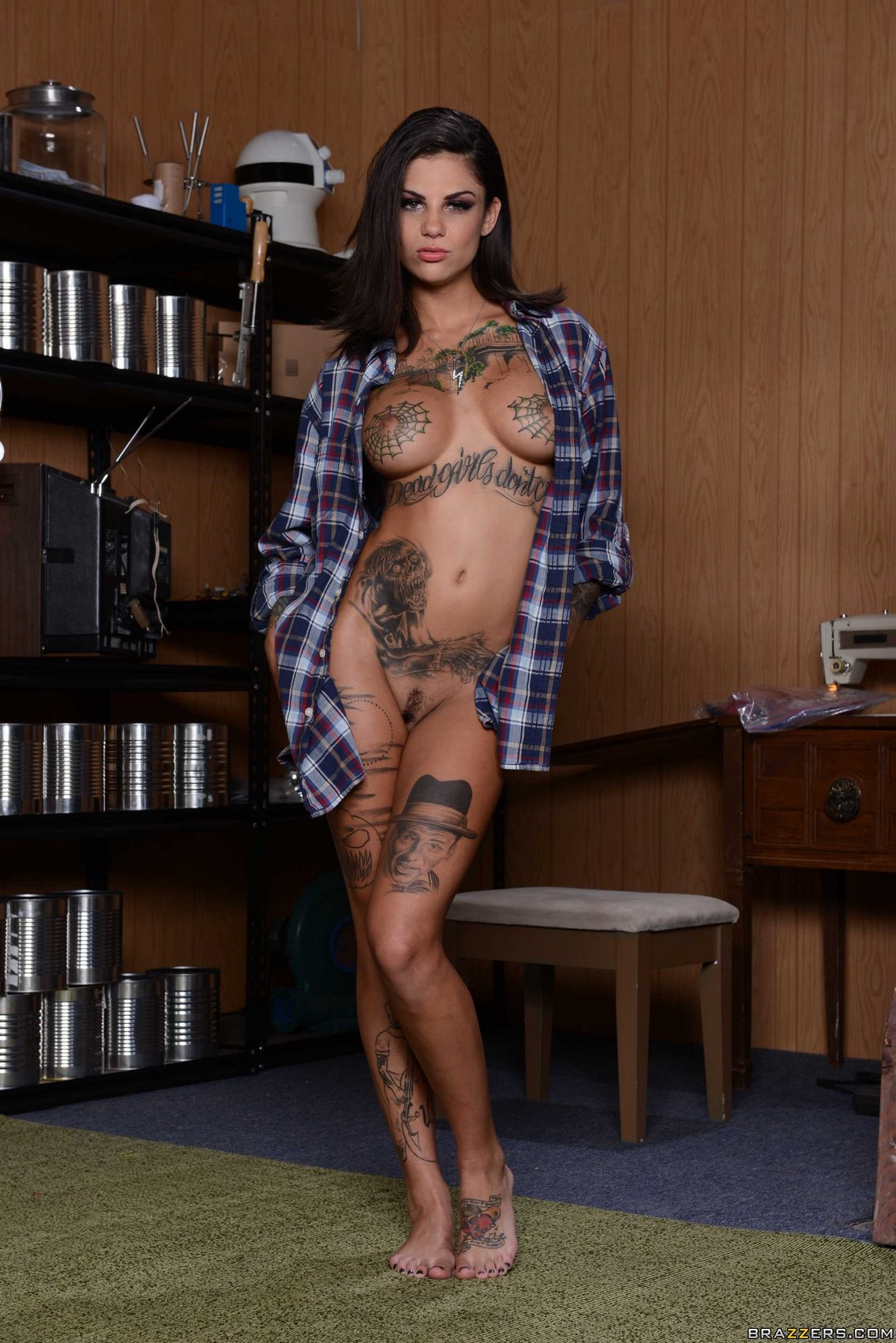 Bonnie Rotten showing off her sexy body - My Pornstar Book