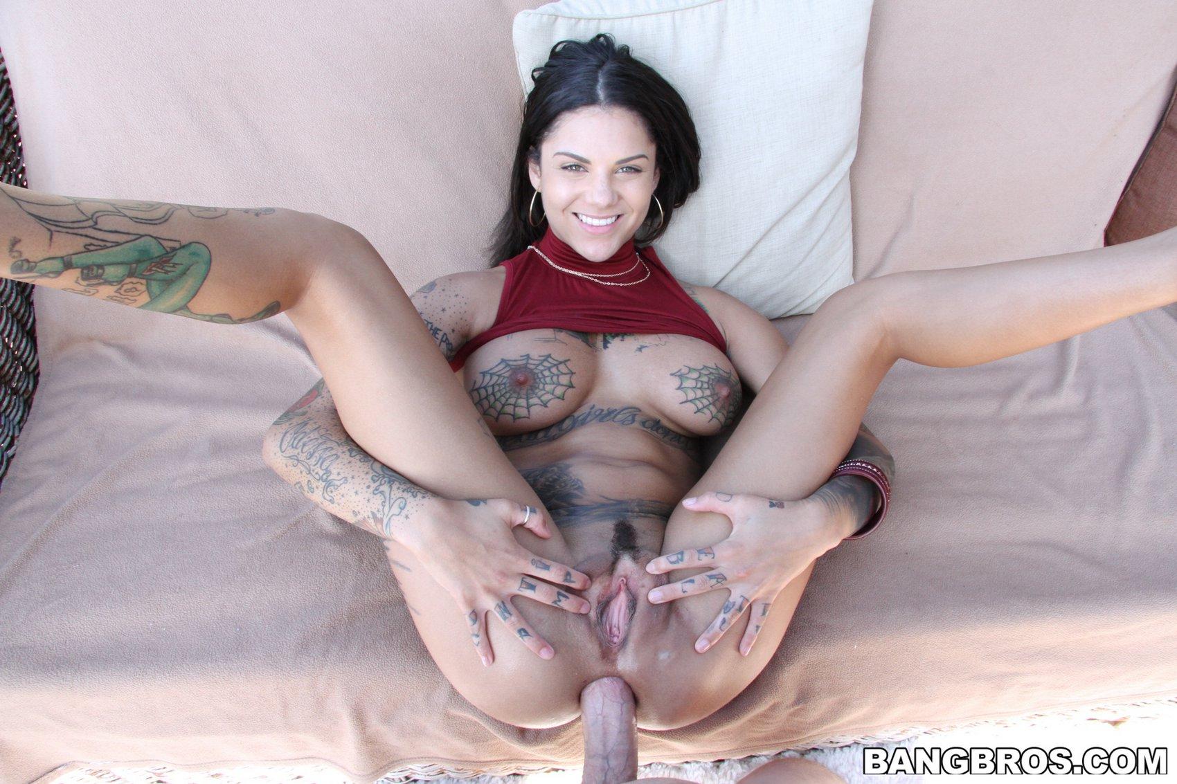 Nicole aniston dominatrix