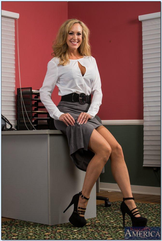 Brandi Love Is A Horny Secretary - Hot secretary Brandi Love gets fucked by her boss pretty hard.
