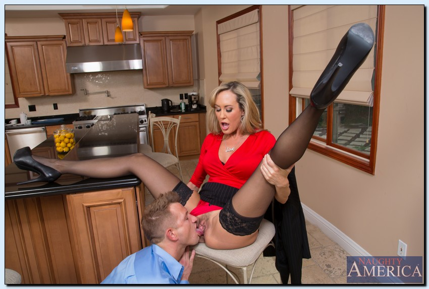 Sexy secretary gets fucked and facialed sv - 2 1