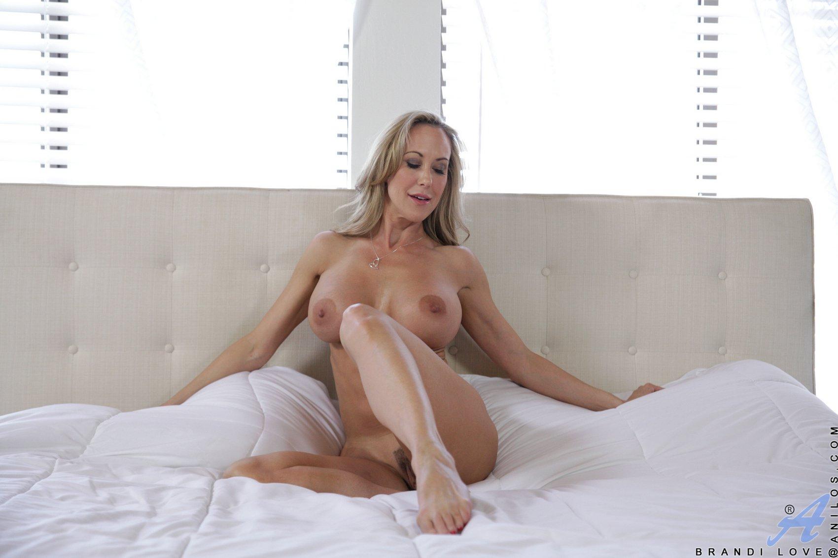 Erotic photos free access