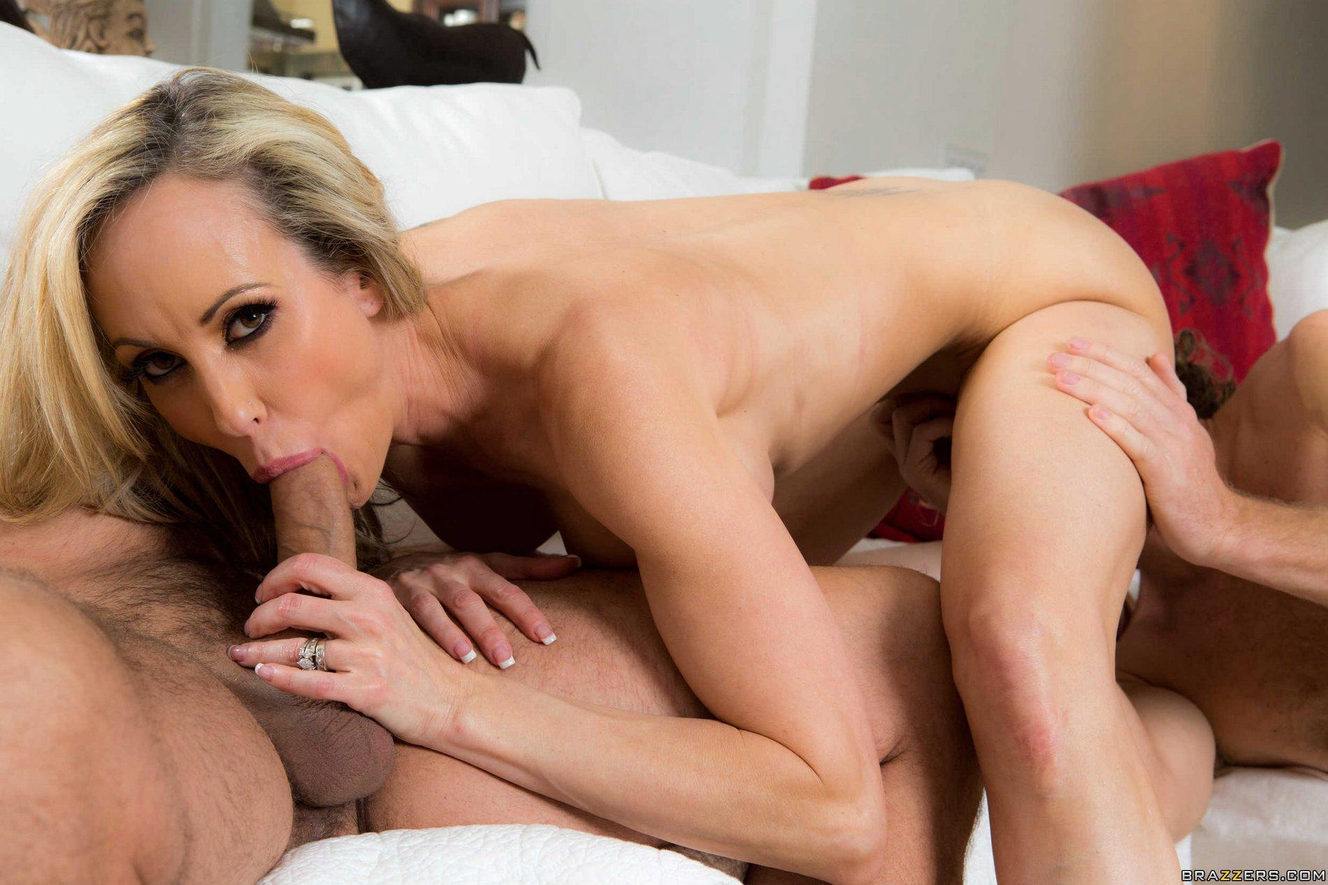 Incredibly Sexy Blonde Milf In Black Stuff Brandi Love Works On Stiff Dick