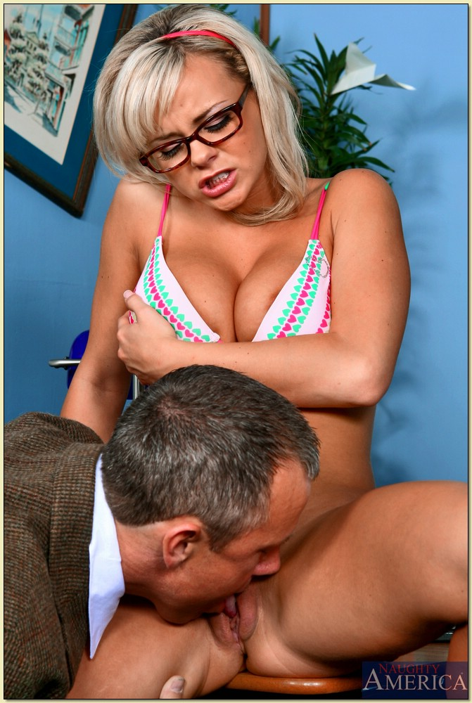 Sexy Student Bree Olson Getting Anal Fucked By Older Teacher